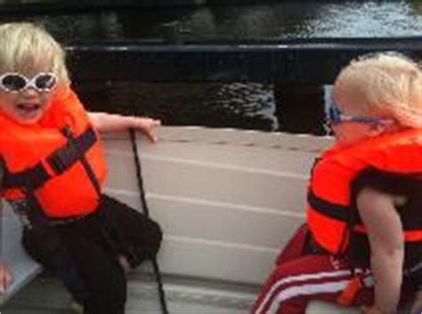 Zwemvest Redvest kinder zwemvesten en reddingsvesten kopen veiligheid aan