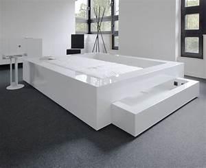 Bett Weiß Lackieren : bett somnium mit bettkasten design bett von rechteck ~ Markanthonyermac.com Haus und Dekorationen