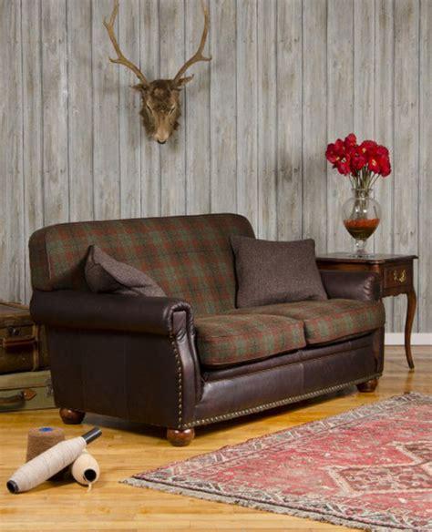 canap 233 anglais montrose en cuir et tissus longfield 1880