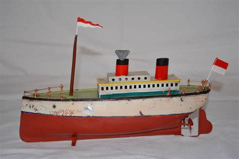 Toy Boat Wind Up by Arnold Or Bing Prewar Wind Up Tin Toy Boat Ocean Liner