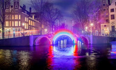 Motorjacht Agatha amsterdam light festival cruise stichting motorjacht