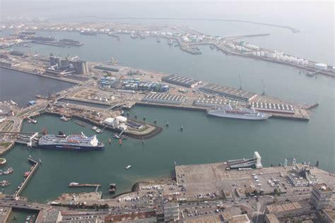 le port du havre affiche un trafic annuel global de 68 5 millions de tonnes seableue