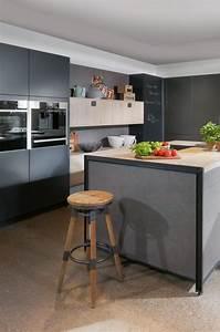 Küche Beton Holz : industrial style k che in grau beton metall und holz industrial style pinterest kuchen ~ Markanthonyermac.com Haus und Dekorationen