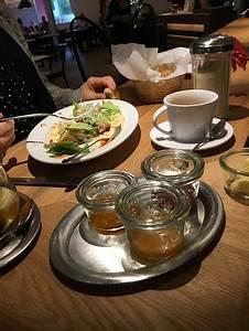 Vegetarische Restaurants Stuttgart : laessig stuttgart restaurant bewertungen telefonnummer fotos tripadvisor ~ Markanthonyermac.com Haus und Dekorationen