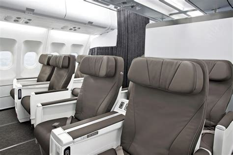 air transat flight tickets from 402 connections