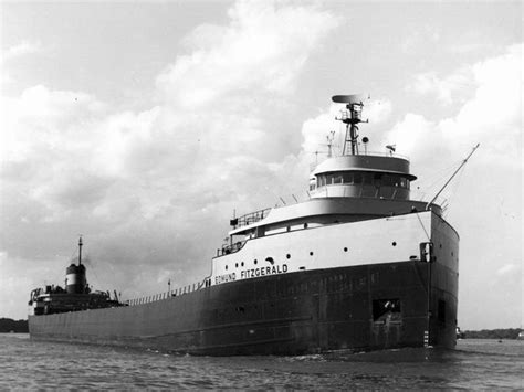 Sinking Of The Ss Edmund Fitzgerald by 40 Years Ago The Witch Of November Sank The Edmund