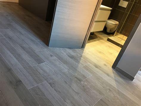 r 233 novation sol appartement en carrelage imitation bois aix
