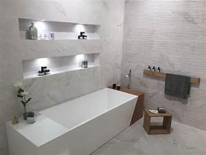 Badezimmer Design Fliesen : pin von franke raumwert auf fliesentrends 2017 pinterest badezimmer bad und baden ~ Markanthonyermac.com Haus und Dekorationen