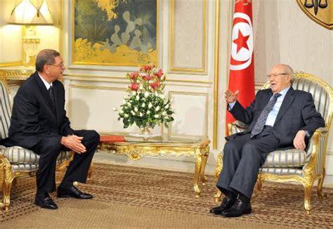 tunisie habib essid un ex ministre de l int 233 rieur pour former le gouvernement le point