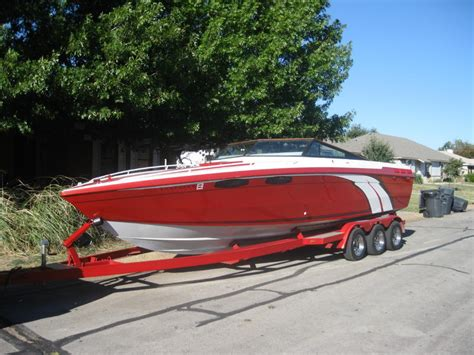 Chris Craft Boats For Sale In Texas by 1984 Chriscraft 260 Stinger Powerboat For Sale In Texas