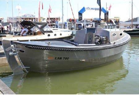 Aluminium Boot Cabin by Werkendamse Werf Bas Aluminium Boten En Sloepen Brengt