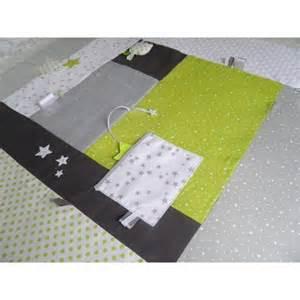 ophrey tapis chambre bebe vert anis pr 233 l 232 vement d 233 chantillons et une bonne id 233 e de