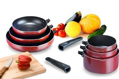 lot de 3 casseroles ou 3 po 234 les cuisine pas ch 232 re 224 29 90 au lieu de 69