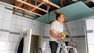 Holzdecke Im Bad : mit rigipsplatten die decke im bad umbauen erneuern teil 2 youtube ~ Markanthonyermac.com Haus und Dekorationen