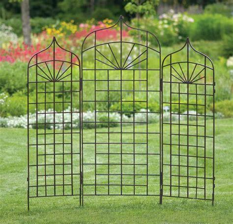 Use Metal Garden Trellis To Improve The Look Of Your Garden