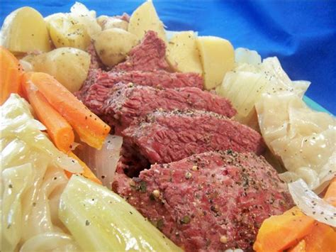 corned beef and cabbage crock pot recipe food