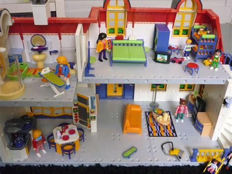 impressionnant maison playmobil 5302 pas cher 5 images maison playmobil palzon cgrio