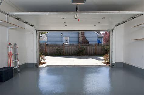 isolation plafond garage selon le type de charpente