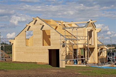 la construction d une maison en bois
