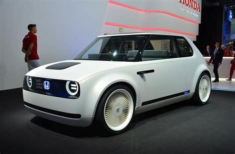 Honda Unveils Quirky Looking Urban Ev Concept  Pakwheels Blog