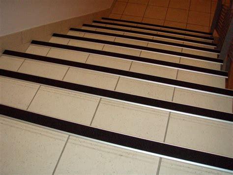 carrelage escalier antid 233 rapant