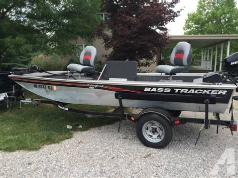 Boat Trailer Tires Bass Pro by 2010 Bass Tracker Fishing Boat With Trailer And Cover 16