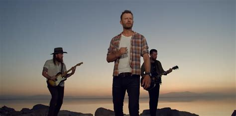 Dierks Bentley Heads To The Desert With Brothers Osborne