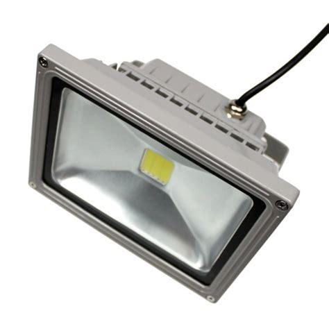 projecteur led 12v 20w 1490 lm sur solairepratique eclairage led 12v eclairage led