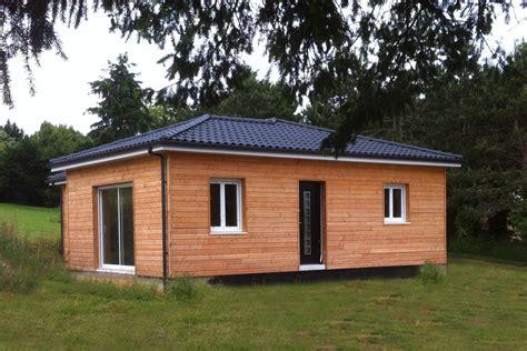 excellente maison en bois nos modles de maisons pas cher en bois with maison bois prix