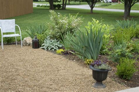 Pea Gravel Patio Designs by Beginner Learn