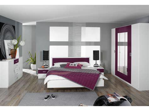d 233 coration chambre prune et gris