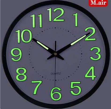 led horloge murale grandes horloges murales d 233 coratives grande horloge murale design moderne
