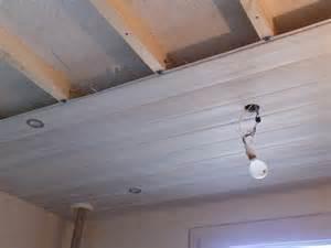 impressionnant lambris pvc pour plafond salle de bain avec lambris plastique pour collection des