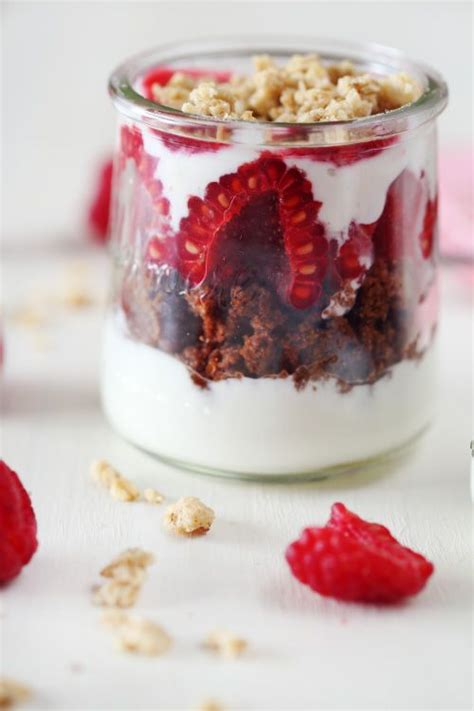 pots de fromage blanc au brownie framboise et muesli recipe cuisine and cheese