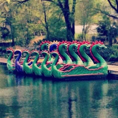 Pedal Boat Baltimore by Best 25 Paddle Boat Ideas On Pinterest Ny Kids Club