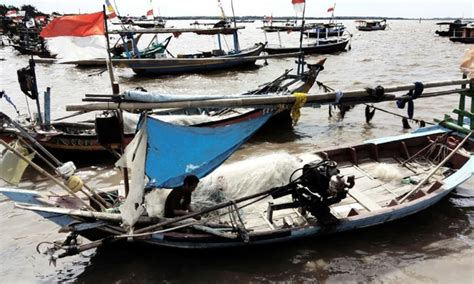Boating Accident Uk by Six Killed Three Missing In Indonesia Boat Accident