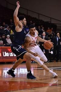 Men's basketball falls to Ohio   Sports   bgfalconmedia.com