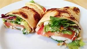 Wraps Füllung Vegetarisch : pfannkuchen mit salat und dressing rezept food blaster ~ Markanthonyermac.com Haus und Dekorationen