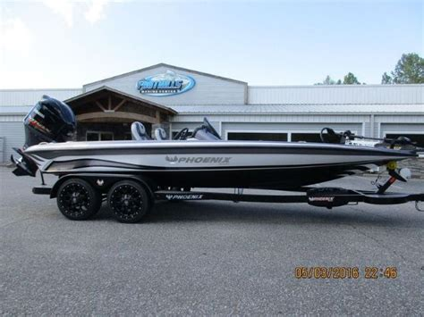 Pontoon Boats For Sale Phoenix by Best 25 Bass Boats For Sale Ideas On Pinterest Pontoon