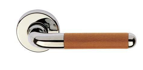 poign 233 es de portes et fen 234 tres en bois sofoc ouvrez le monde poign 233 es et boutons de