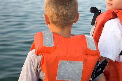 Zwemvest Met Kraag by Zwemhulpmiddelen En Reddingsvesten Consumentenbond
