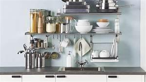 Ikea Regal Küche : ikea eine aufger umte k che durch clevere wandregal l sungen youtube ~ Markanthonyermac.com Haus und Dekorationen
