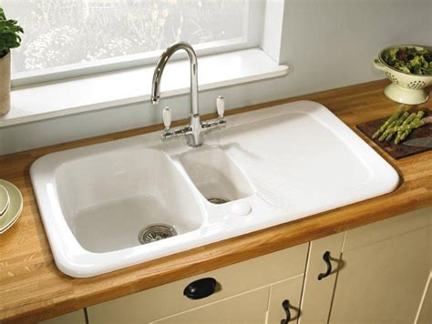 Kitchen Sink Materials Pros And Cons Uk by Astracast Aquitaine 1 5 Bowl Ceramic Kitchen Sink