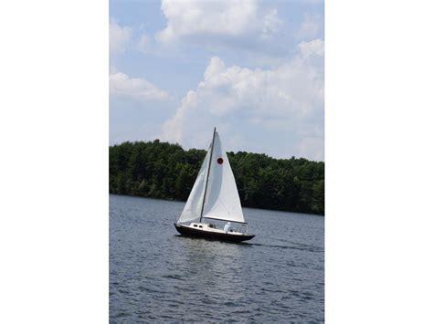 Sailboats Used Victoria by 82 Victoria 18 Sailboat For Sale In North Carolina
