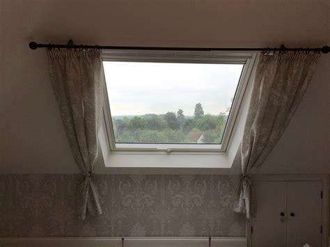 charmant rideau pour fenetre de toit 14 1000 id233es sur le th232me rideau velux sur