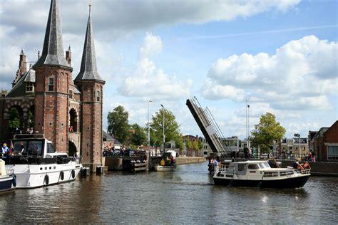 Heeg Bootsverleih by Sneek Holland Boating De