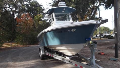 Everglades Boats In Rough Water by Everglades Boats 240 Cc Boats For Sale