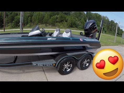 Skeeter Bass Boat Youtube by Everything I Wanted 2017 Skeeter Zx250 Walk Through