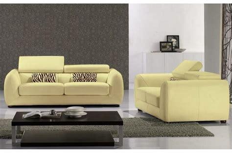 ensemble canap 233 s 3 places et 2 places en cuir italien firenze 233 cru jaune pale mobilier priv 233