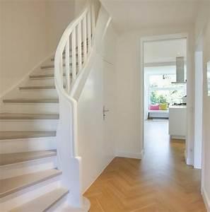 Treppen Streichen Ideen : flur mit treppe gestalten ~ Markanthonyermac.com Haus und Dekorationen